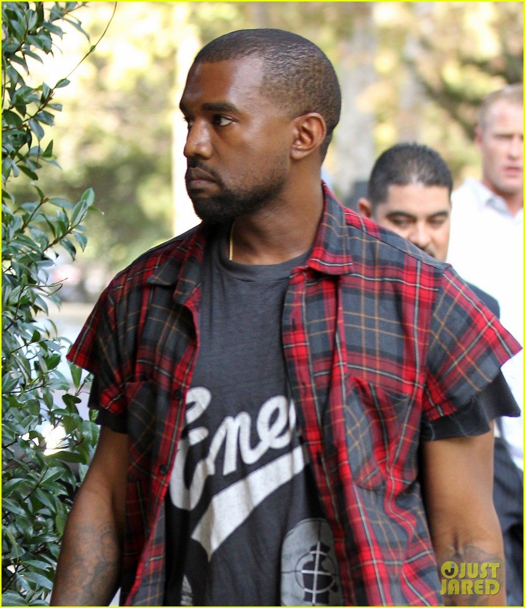 kanye west steps out after kim kardashian engagement 022978550