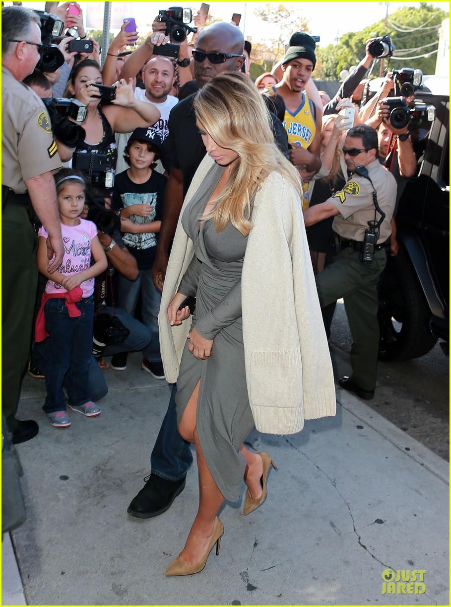 kim kardashian kylie jenner dash store visit 032970270