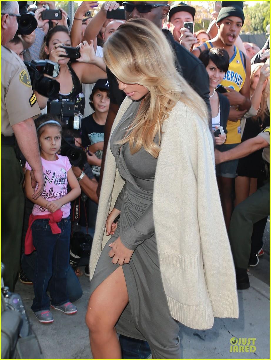 kim kardashian kylie jenner dash store visit 082970275