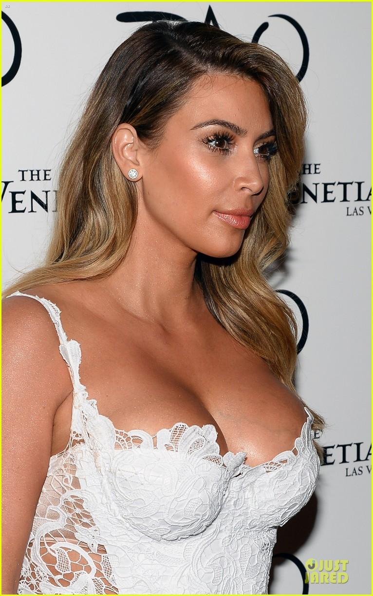kim kardashian vegas birthday celebration with kanye west 232979548