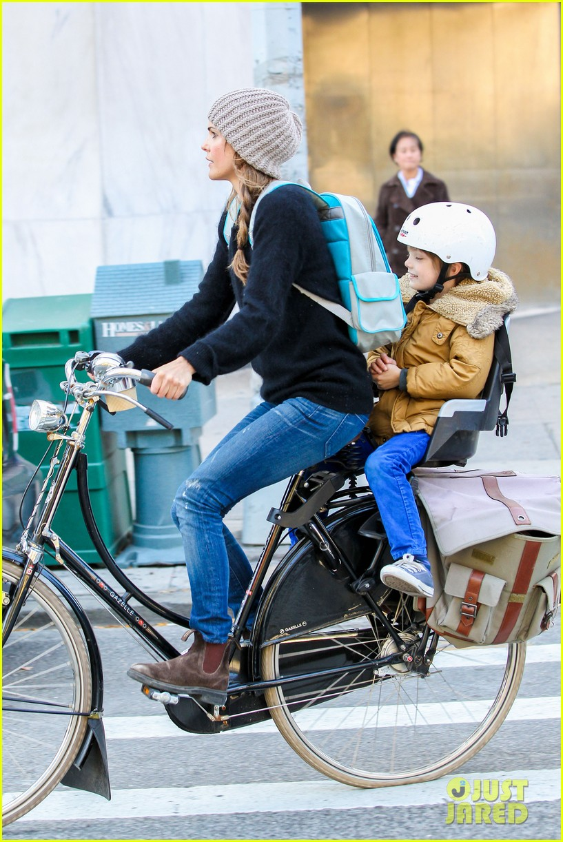 keri russel laughs with river after bike ride 032982382