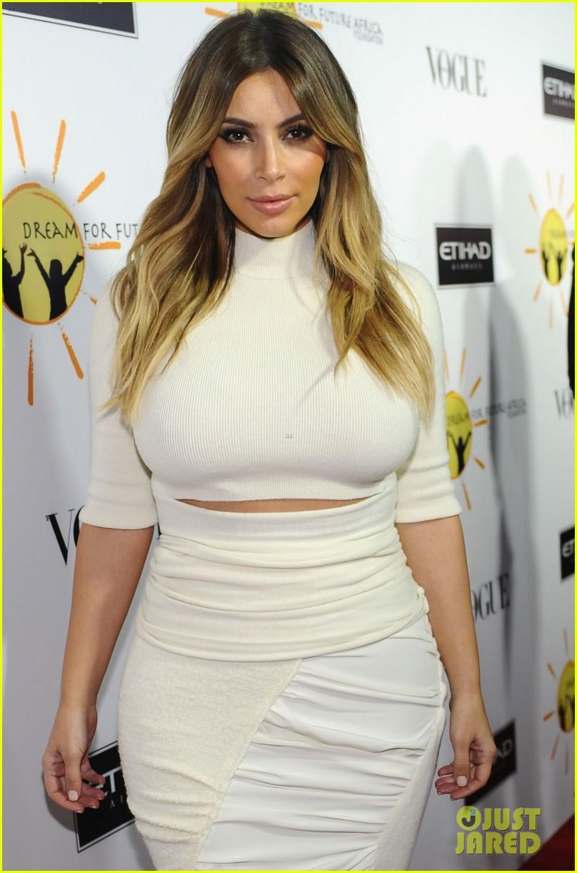 Kim Kardashian & Kanye West: Dream for Future Africa Gala: Photo ...