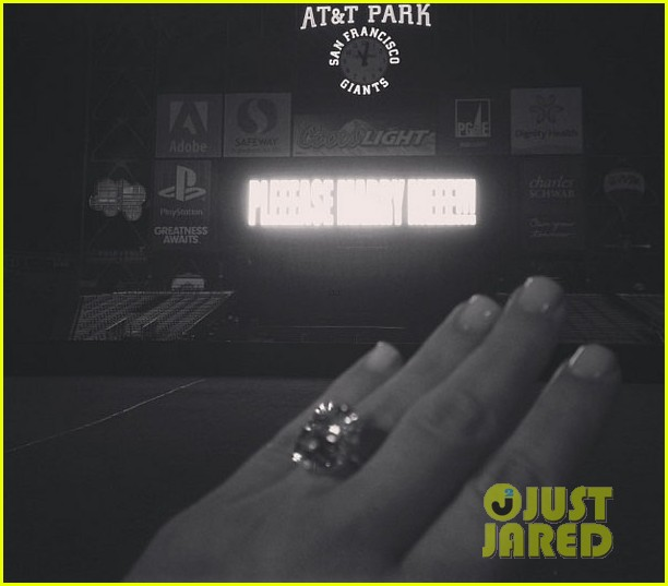 kim kardashians engagement ring see the huge rock 032976996