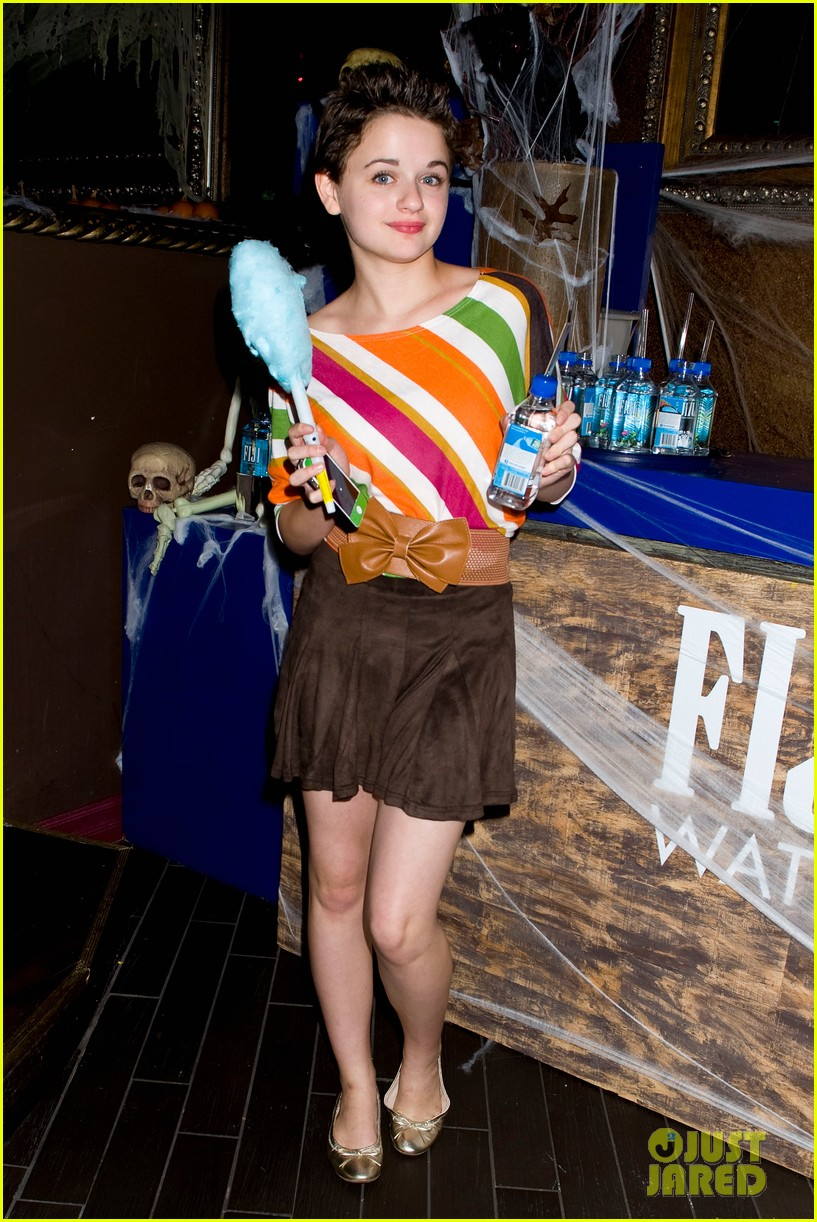 joey king becca tobin just jared halloween party 2013 022979315