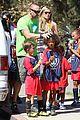heidi klum martin kirsten kids soccer game duo before lax 04