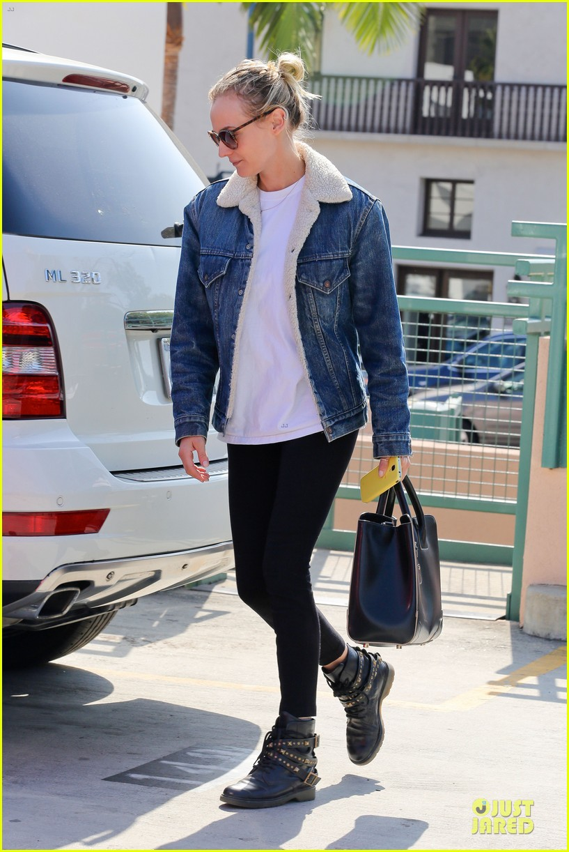 diane kruger prepares for fall with denim jacket 03