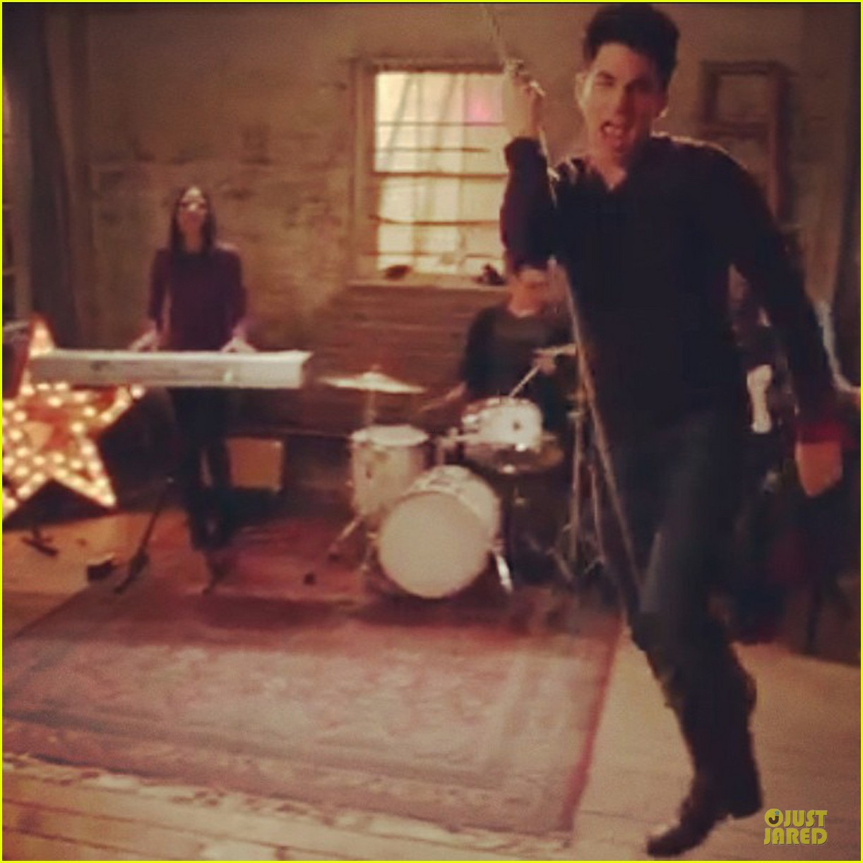 adam lambert sings lady gaga in glee promo watch now 05