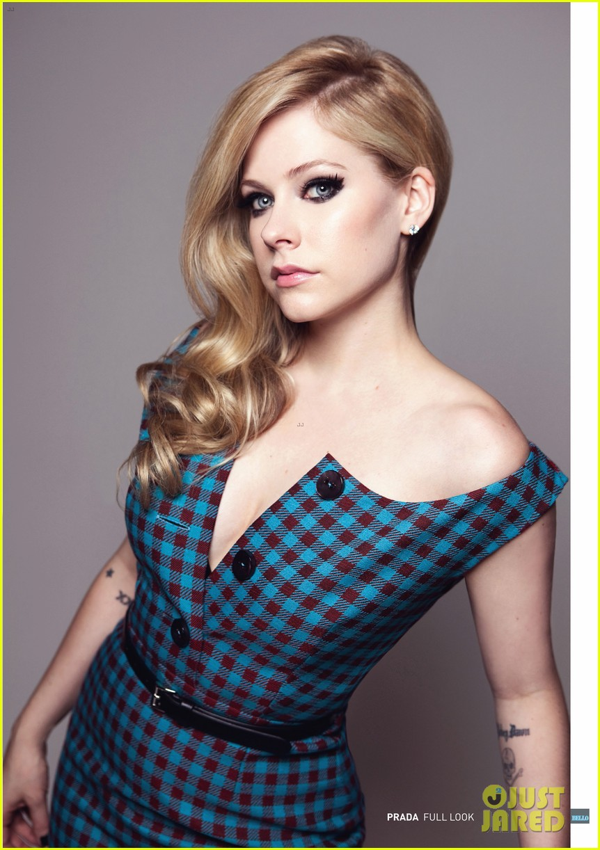 avril lavigne covers bello magazine october 2013 012971326