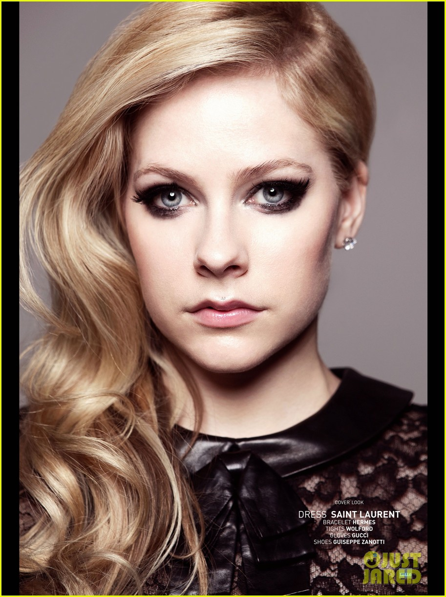 avril lavigne covers bello magazine october 2013 032971328