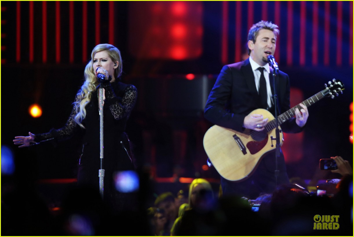 avril lavigne chad kroeger we day couple in vancouver 062974733