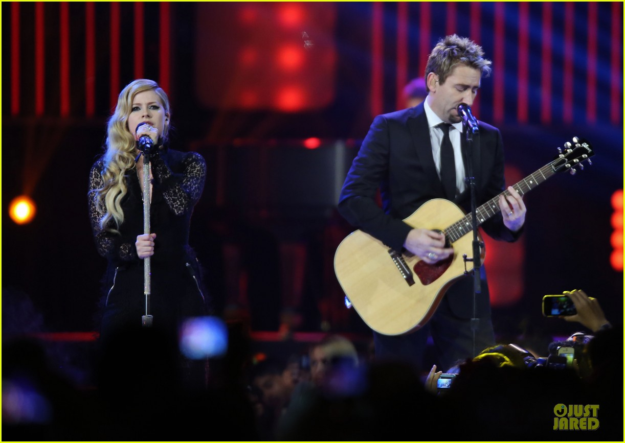 avril lavigne chad kroeger we day couple in vancouver 072974734