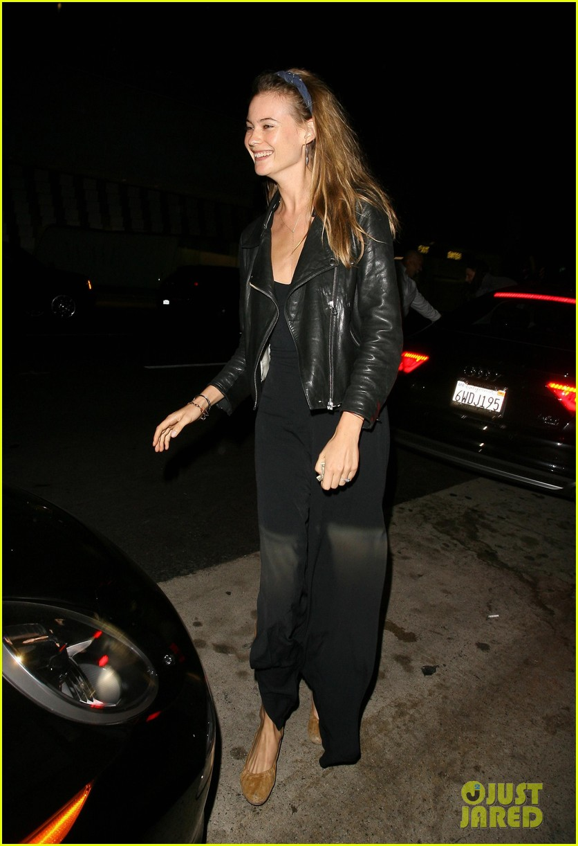 adam levine behati prinsloo mr chows date night 042963745