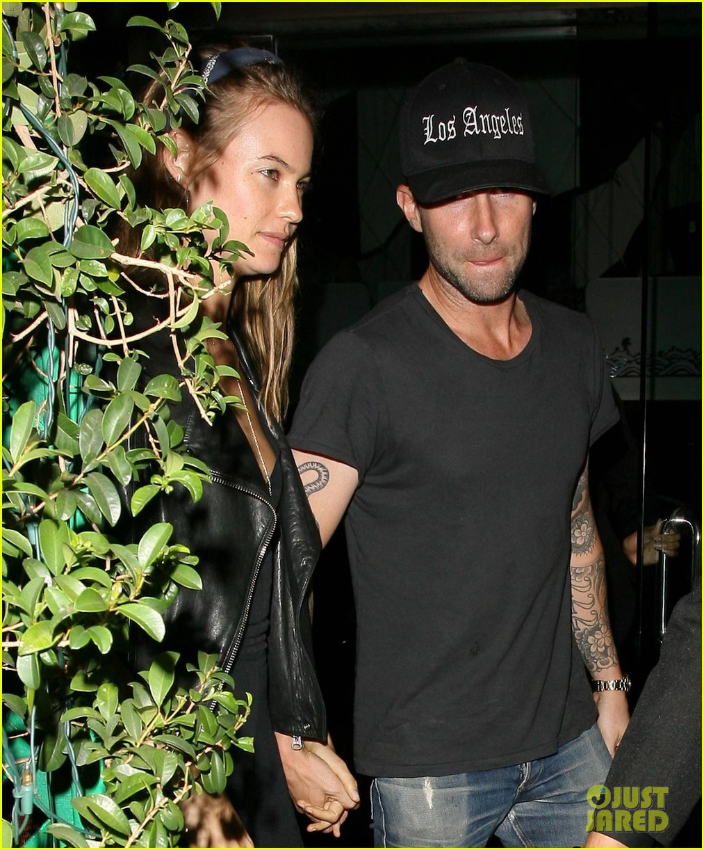 adam levine behati prinsloo mr chows date night 062963747