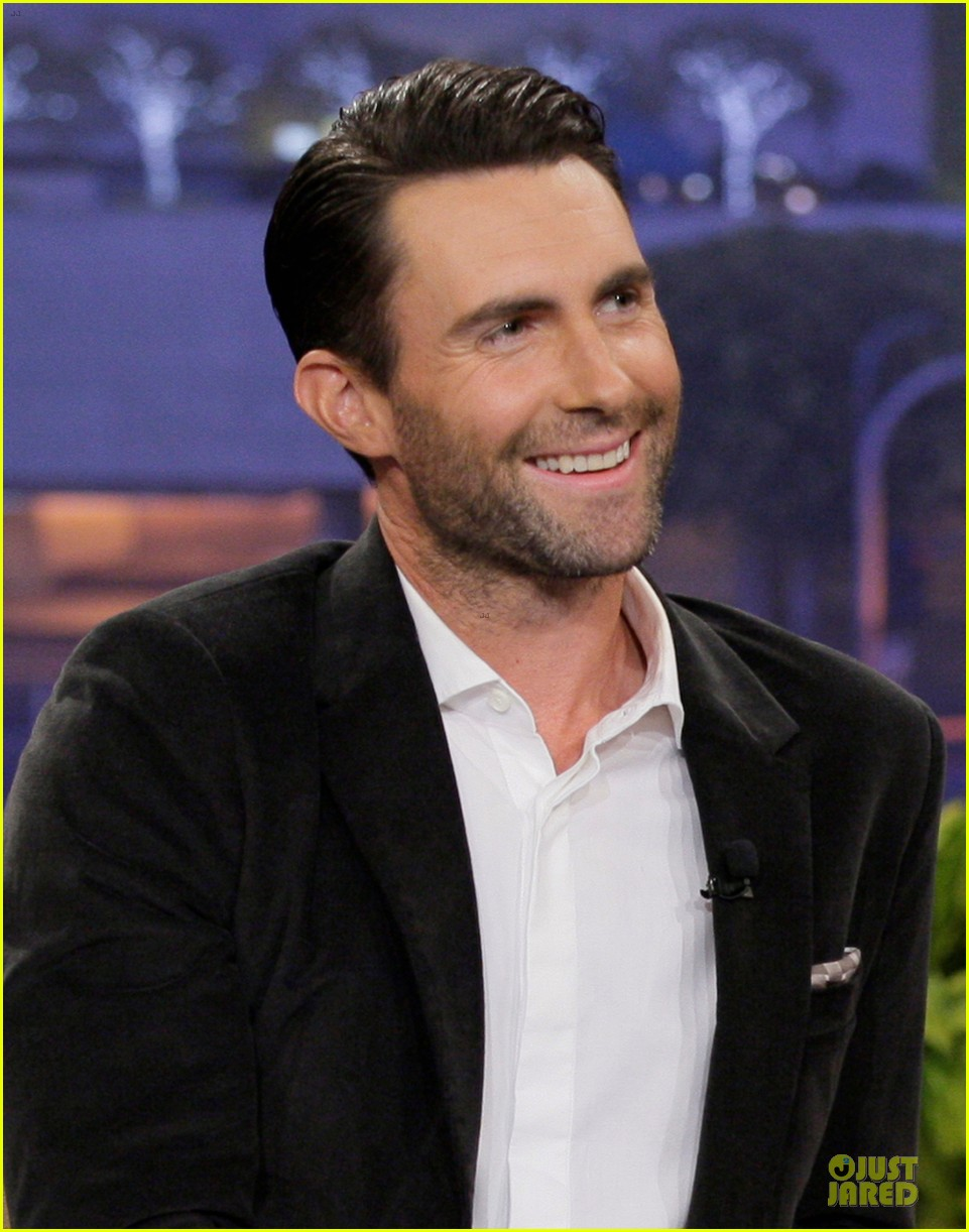 adam levine family guy guest starring cameo on sunday 042982025