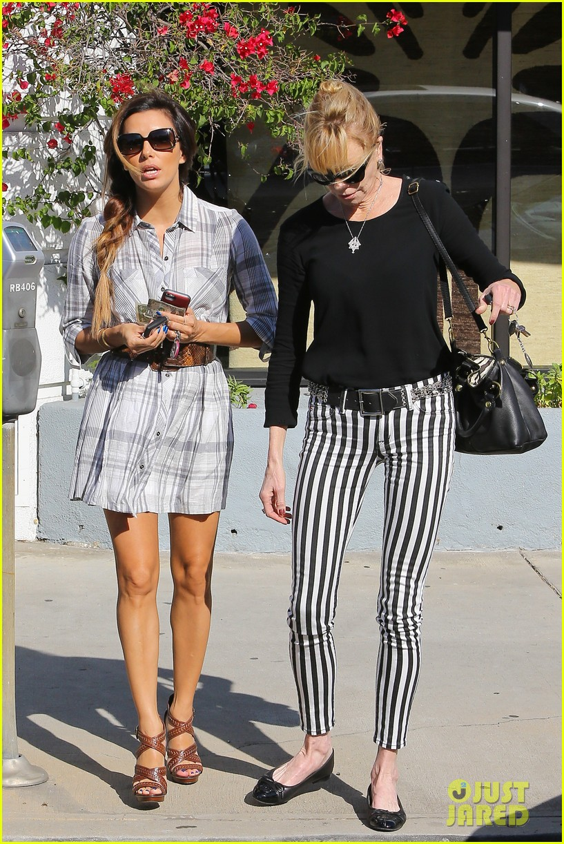 eva longoria melanie griffith ken paves salon gals 242973985