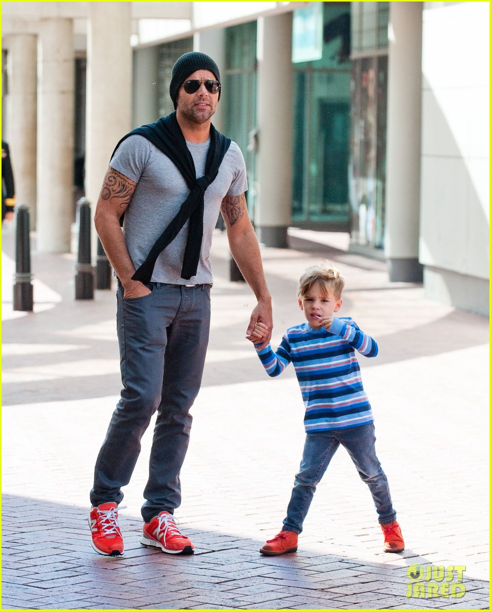 ricky martin spends time with sons during australian tour 012969061