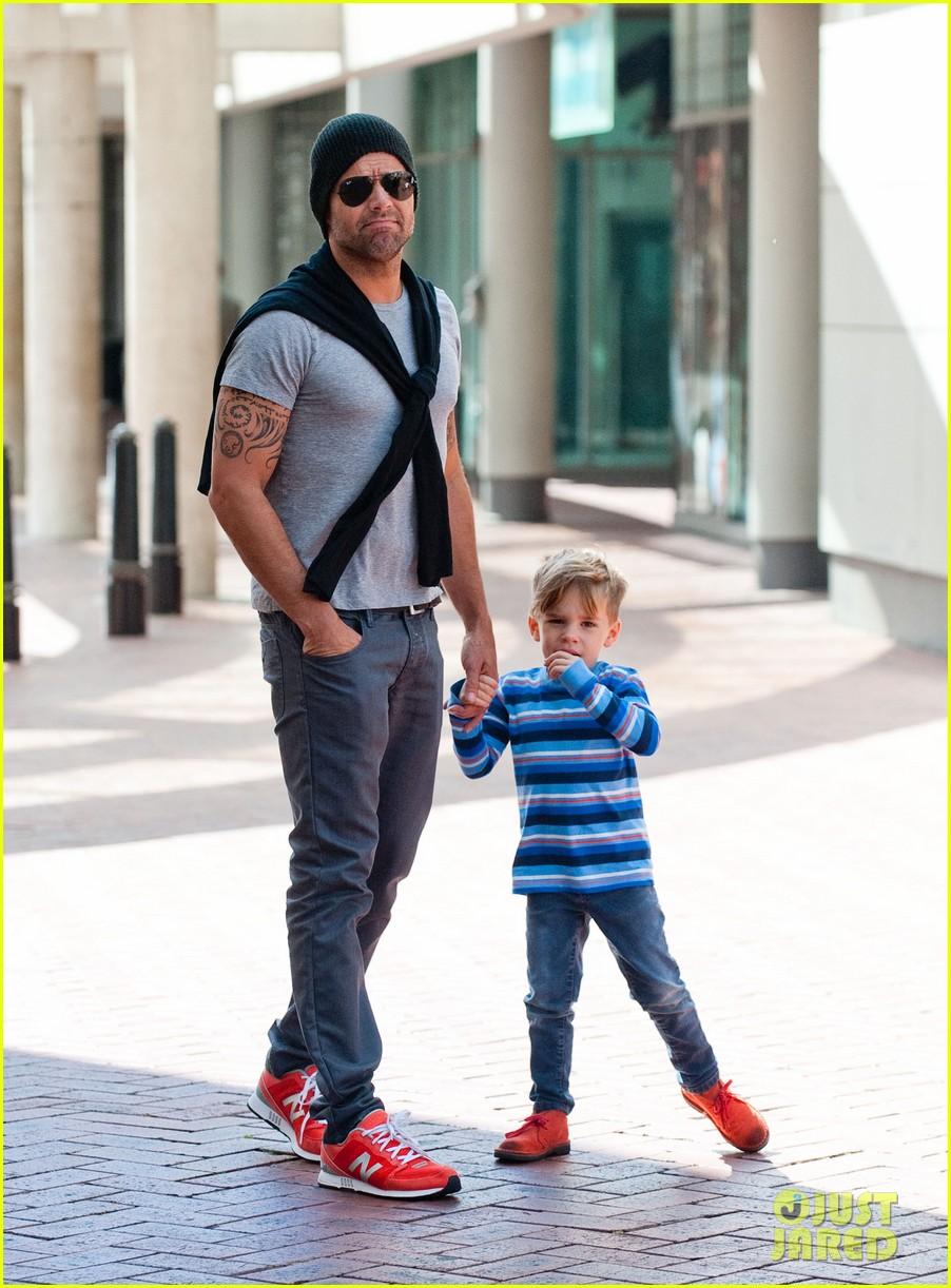 ricky martin spends time with sons during australian tour 022969062
