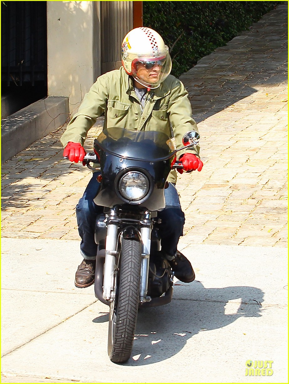 olivier martinez unstoppable motorcycle rider 052980362