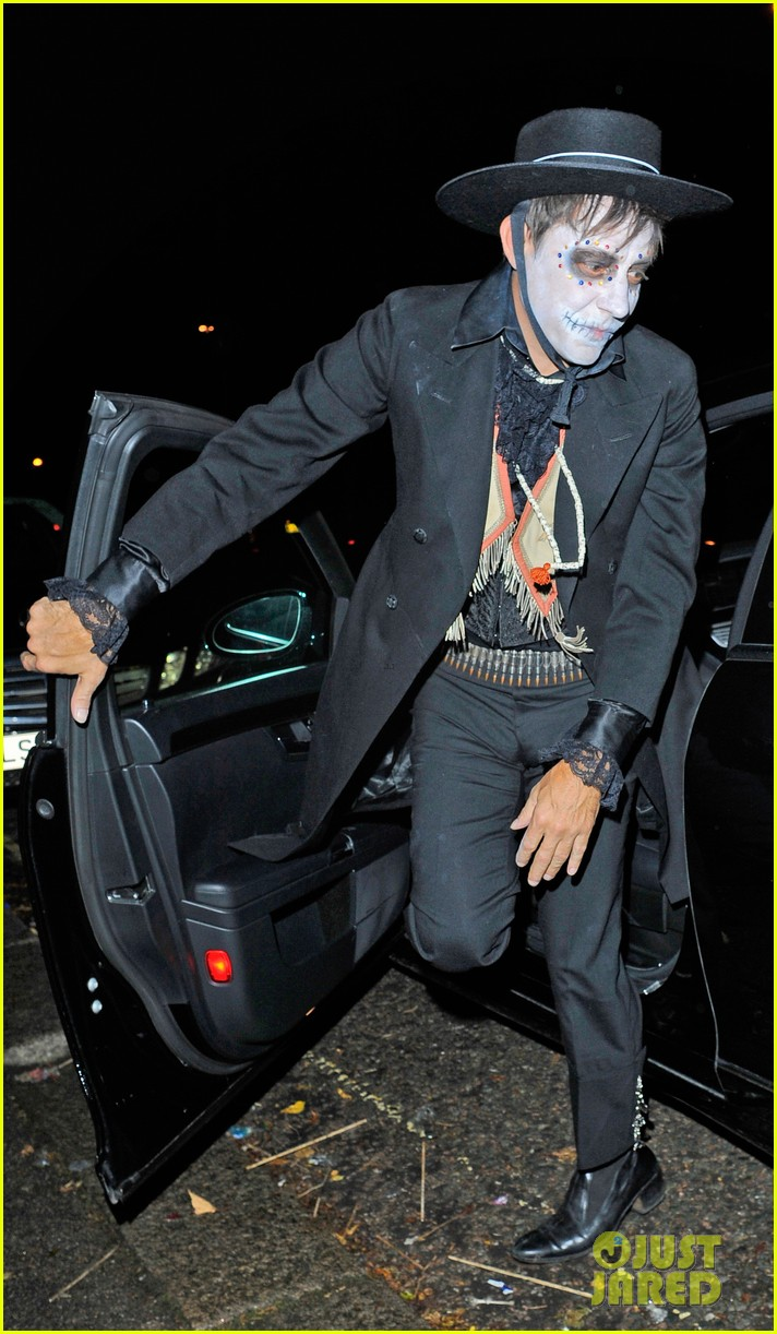 jonathan rhys meyers is bloody hot at halloween party 072984057