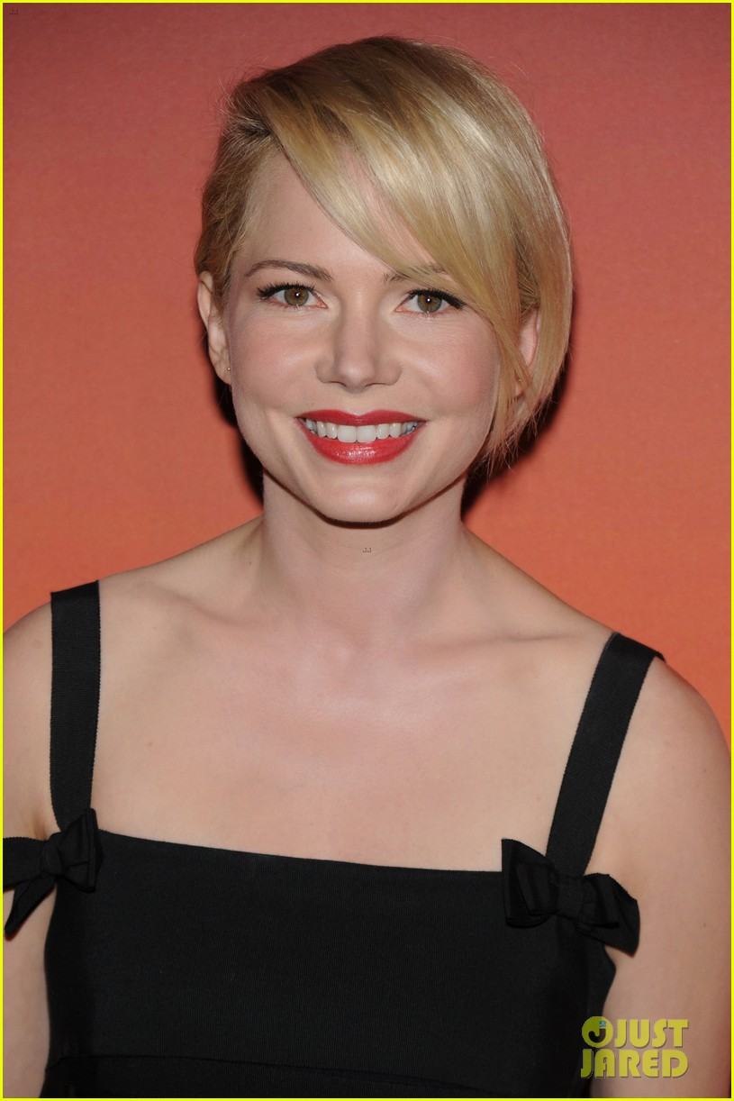 michelle williams dianna agron whitney museum gala 2013 042978145