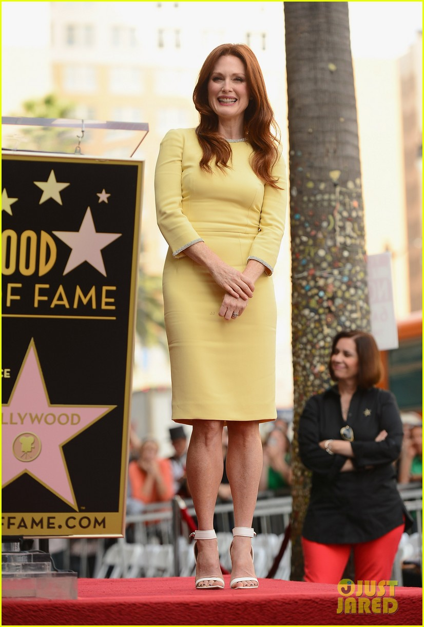 julianne moore hollywood walk of fame ceremony 012965320