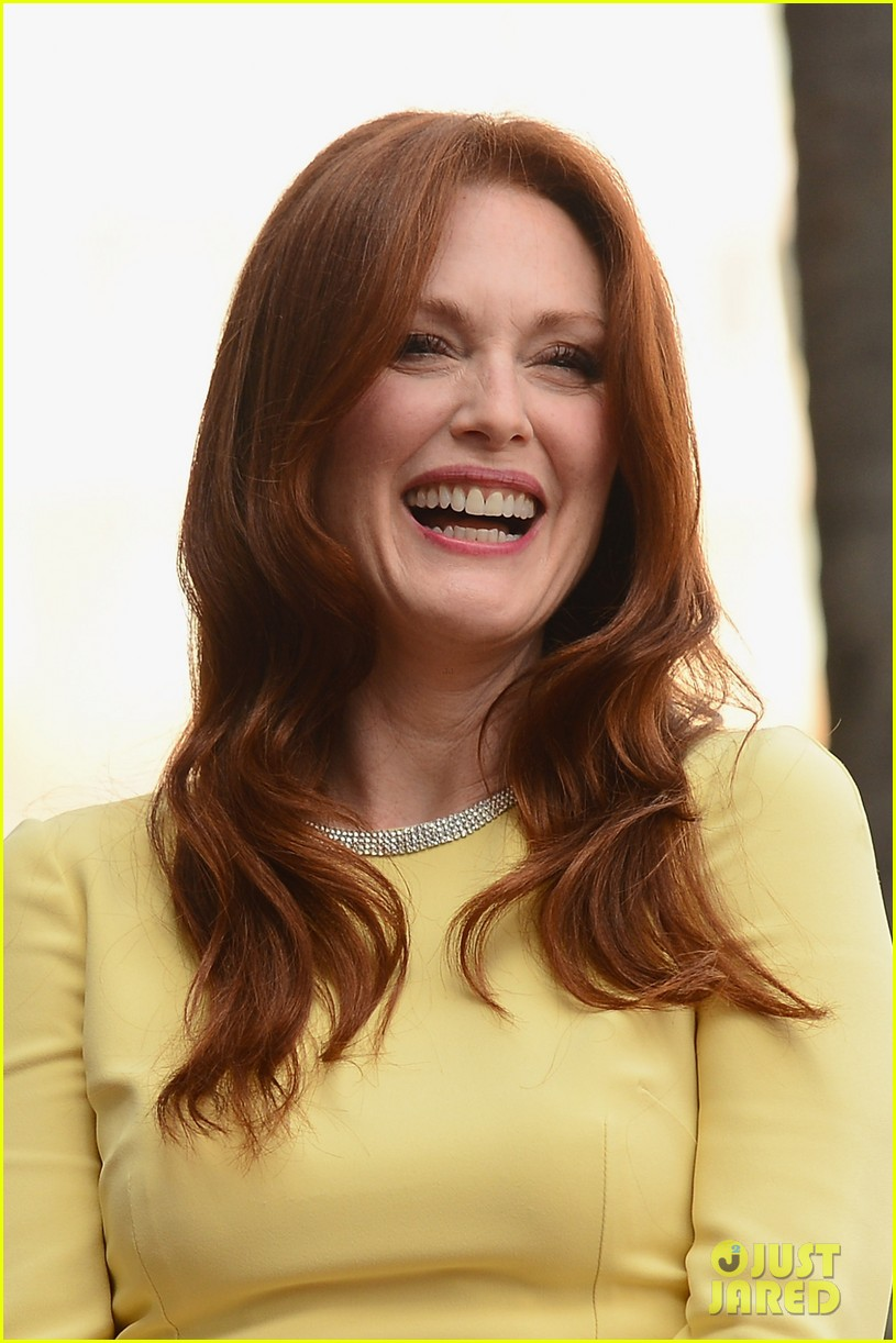 julianne moore hollywood walk of fame ceremony 022965321