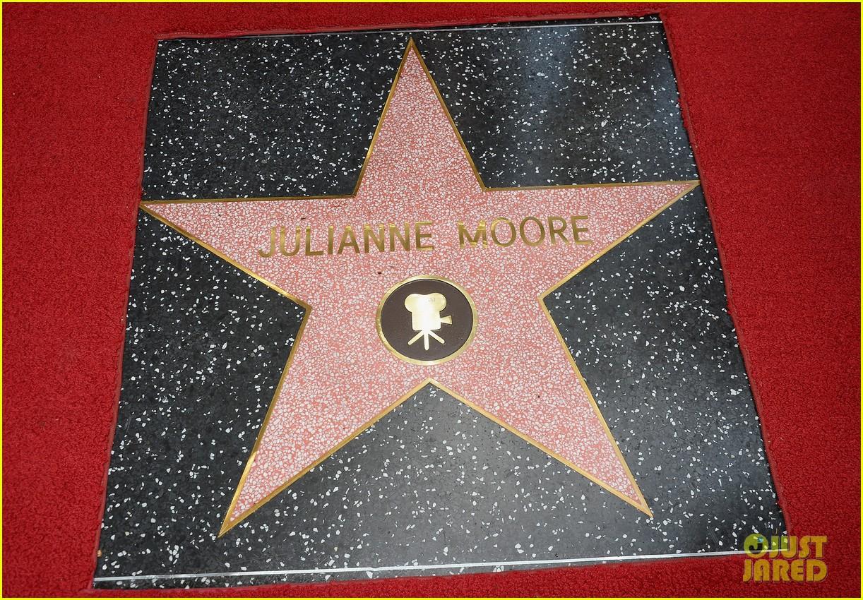julianne moore hollywood walk of fame ceremony 112965330
