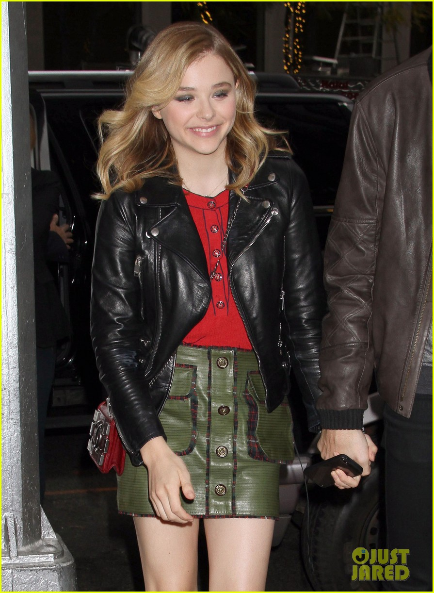 chloe moretz carrie in theaters now 072974397