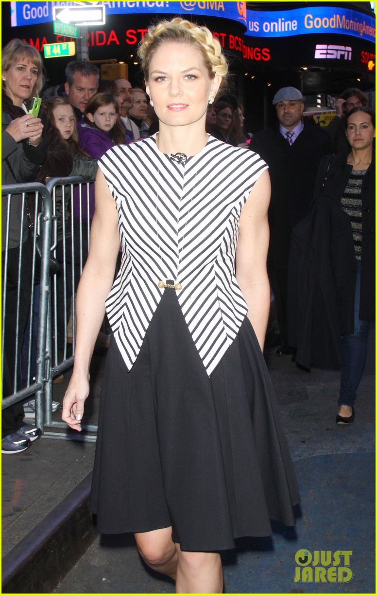 jennifer morrison promotes once upon a time in nyc 022976941