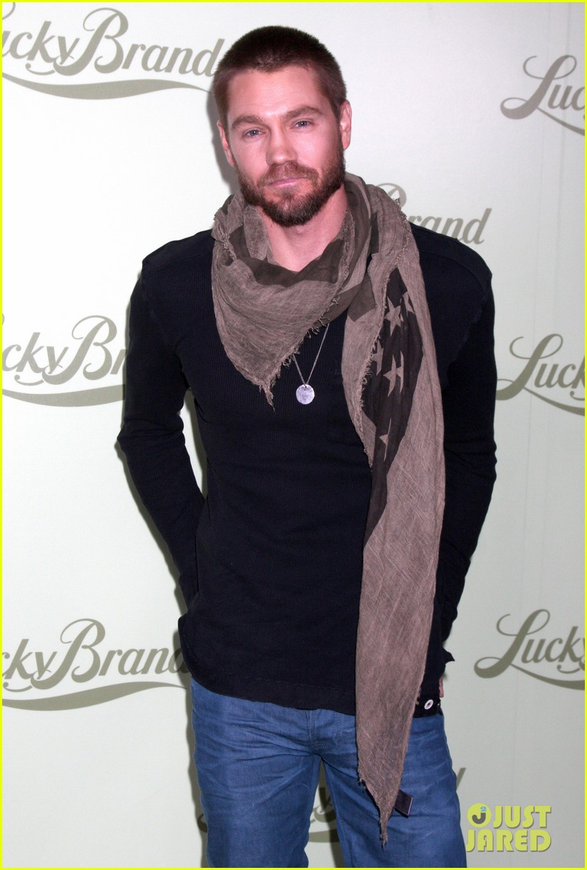 chad michael murray nicki whelan lucky brand store opening 07