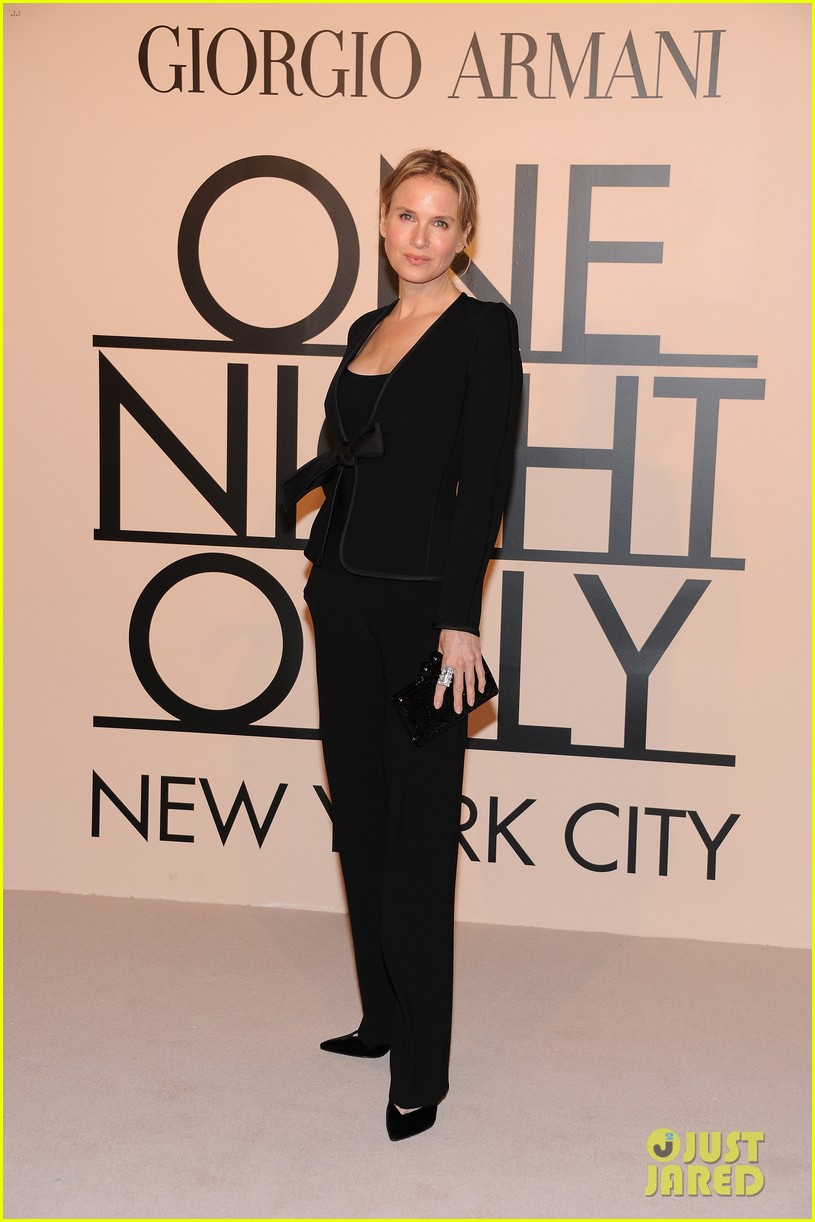 naomi watts olivia munn georgio armani one night only nyc 12