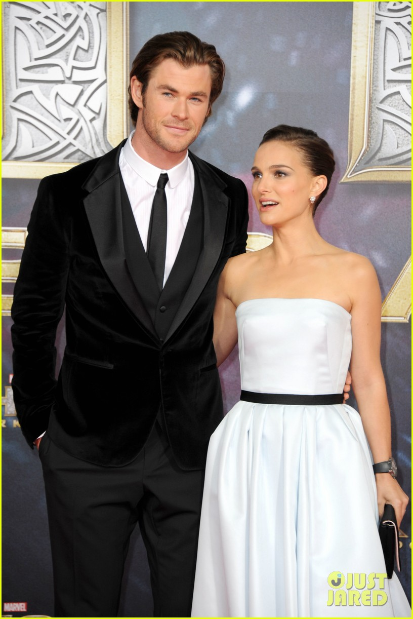 natalie portman chris hemsworth thor berlin premiere 152981289