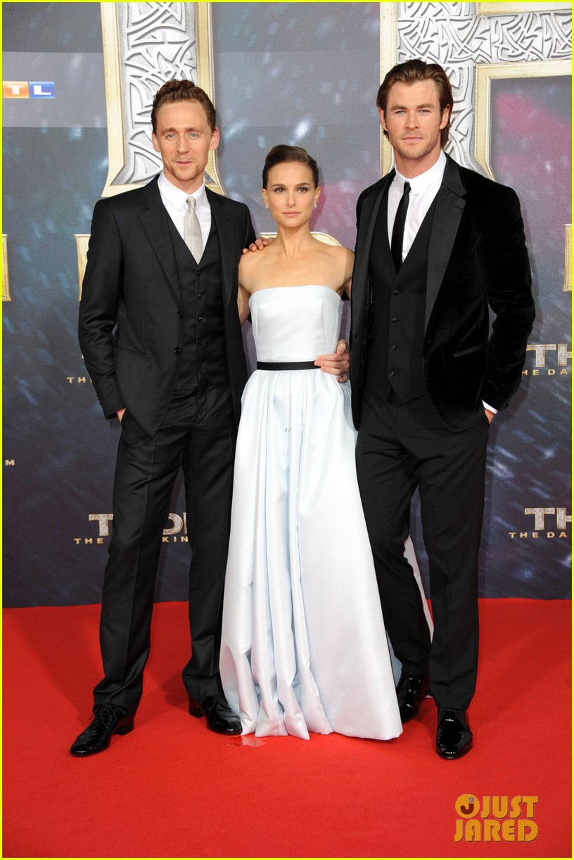 natalie portman chris hemsworth thor berlin premiere 19