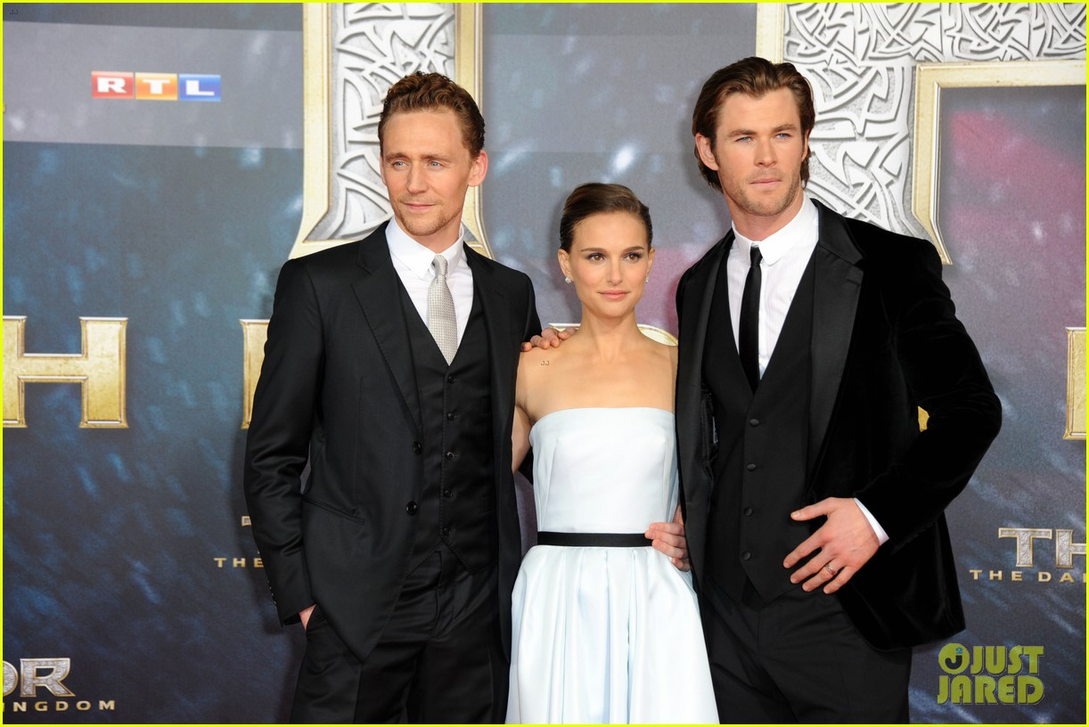 natalie portman chris hemsworth thor berlin premiere 272981301