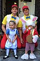 neil patrick harris family alice in wonderland for halloween 03