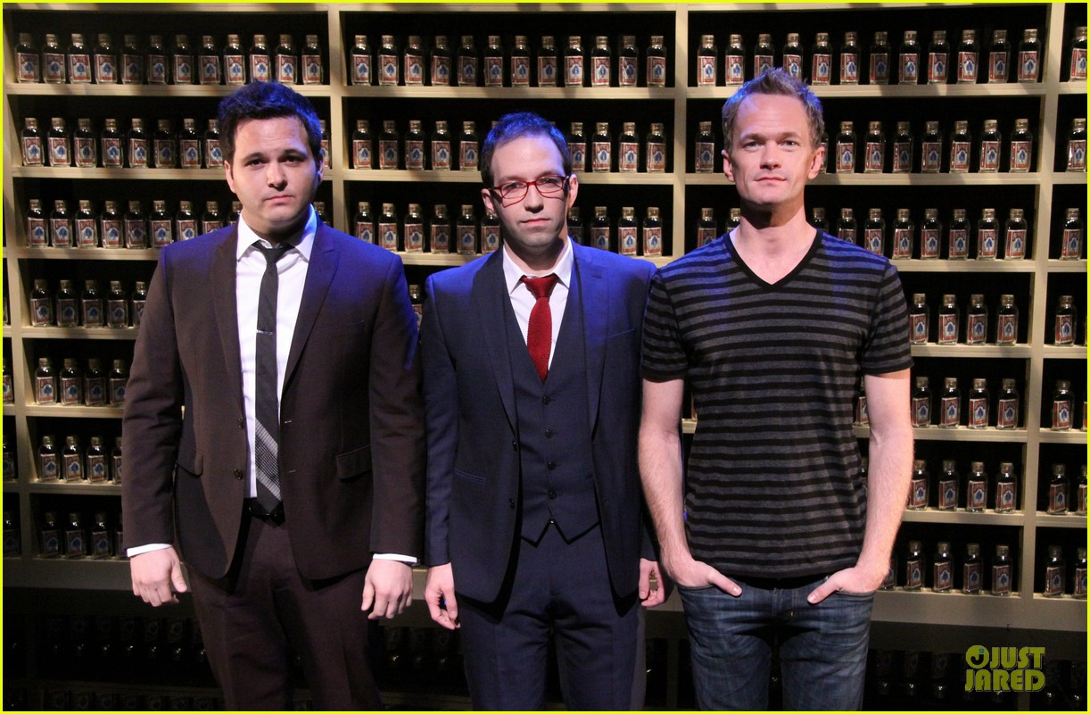 neil patrick harris nothing to hide nyc photo call 07