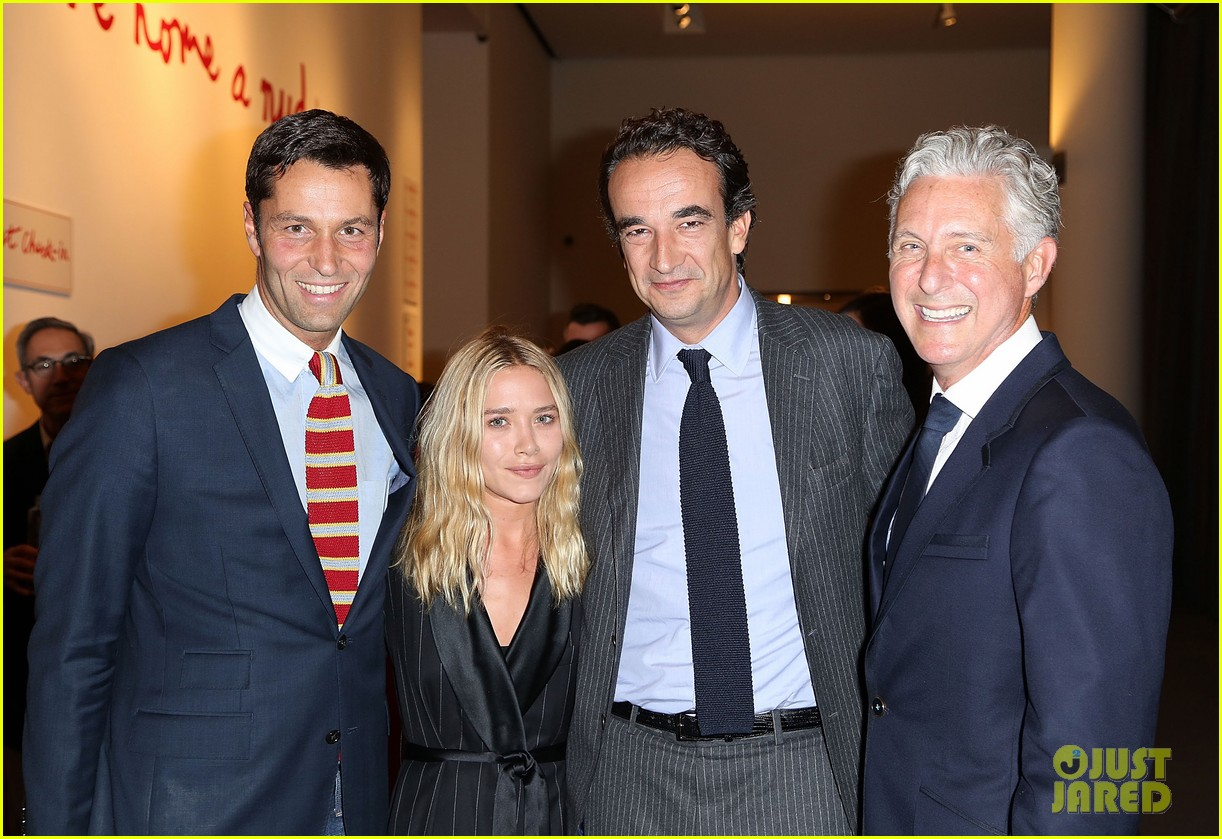mary kate olsen olivier sarkozy take home a nude art auction 012969095