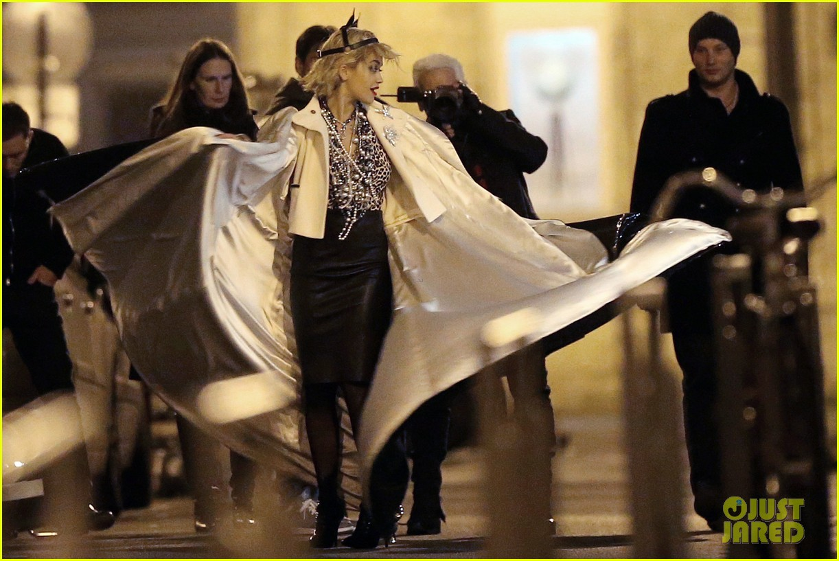 rita ora midnight photo shoot with karl lagerfeld 092971438