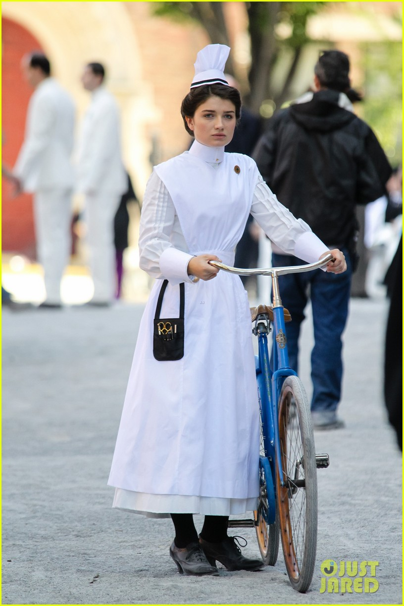 clive owen eve hewson film the knick in period outfits 012971484