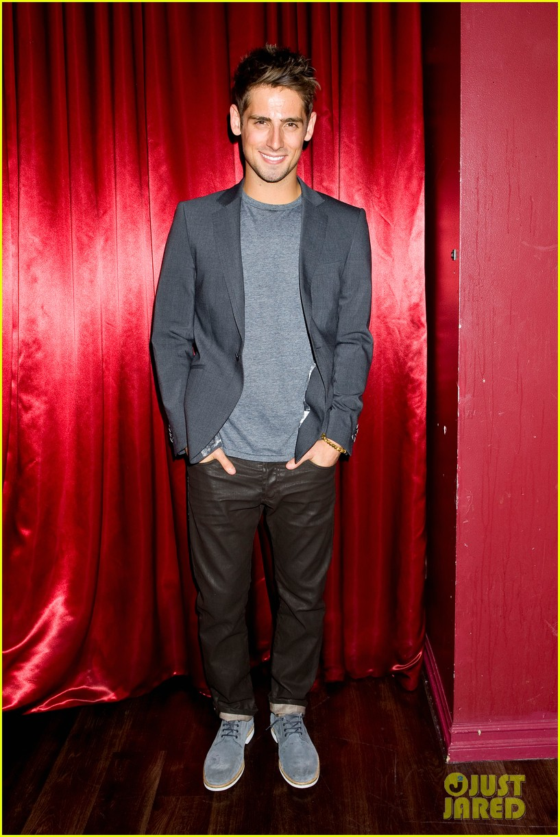 patrick schwarzenegger wilson bethel just jared halloween party 2013 052979354