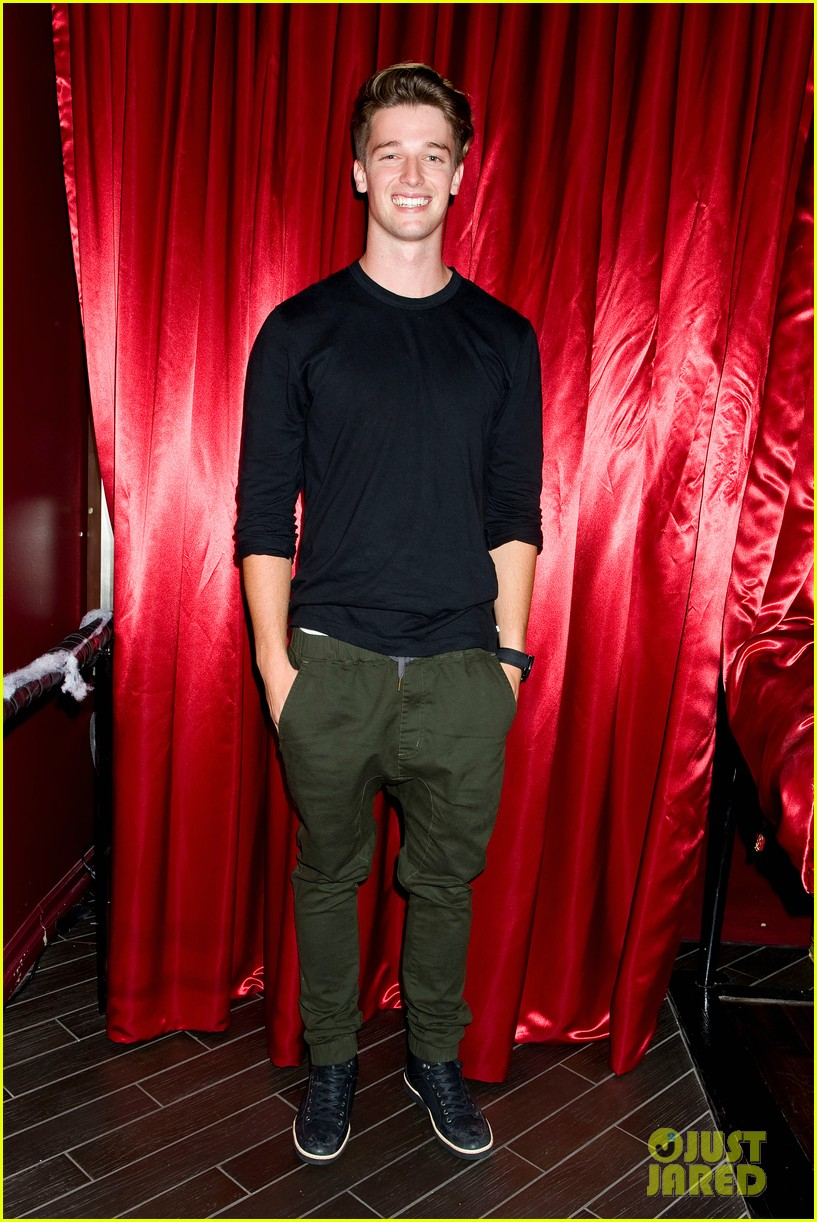 patrick schwarzenegger wilson bethel just jared halloween party 2013 082979357