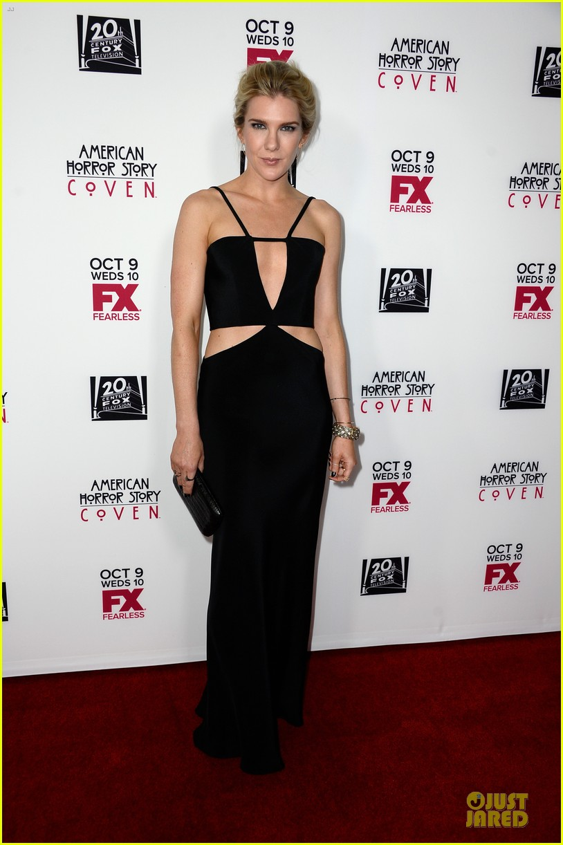 sarah paulson jessica lange american horror story coven premiere 032967067