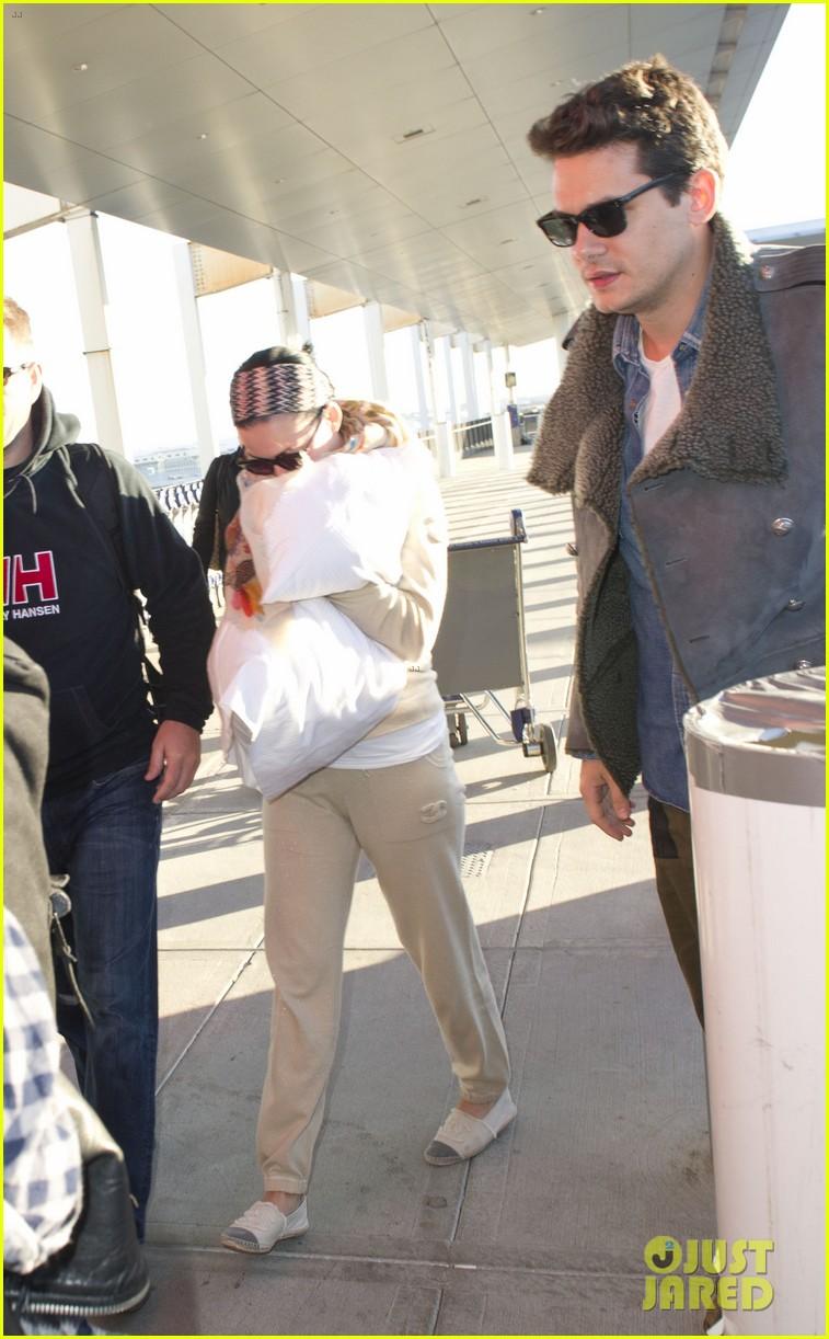 katy perry john mayer catch flight out of new york city 052971759