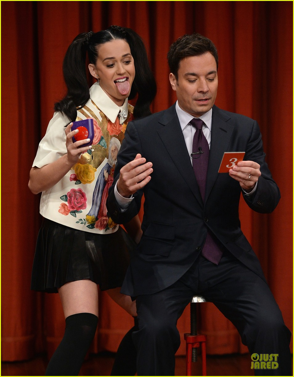 katy perry sticks out tongue for taboo on fallon 042969772