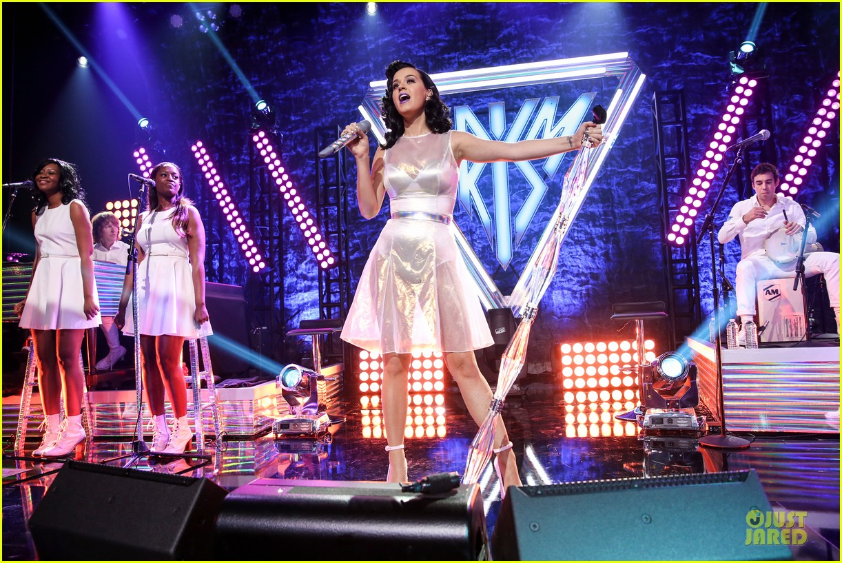 katy perry performs at iheartradio prism release party 032977420