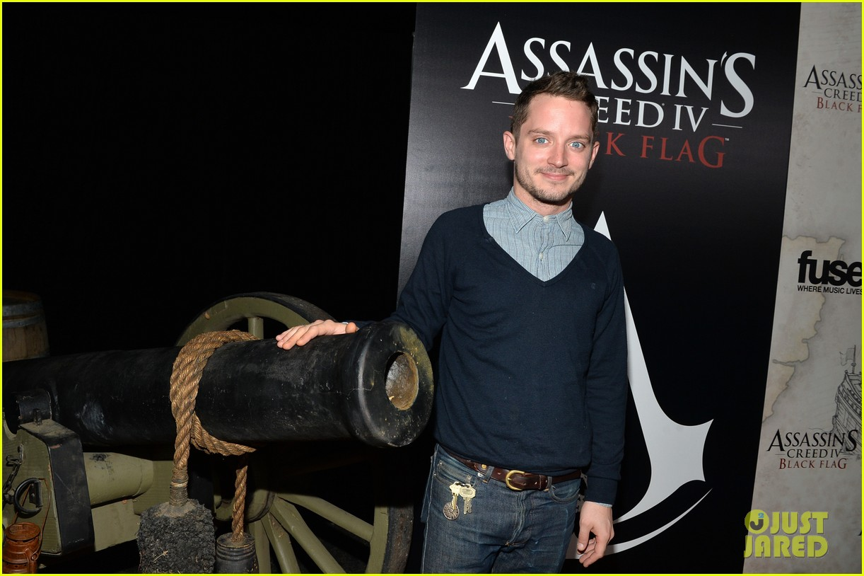 alex pettyfer emile hirsch assassinss creed iv black flag launch party 062977534