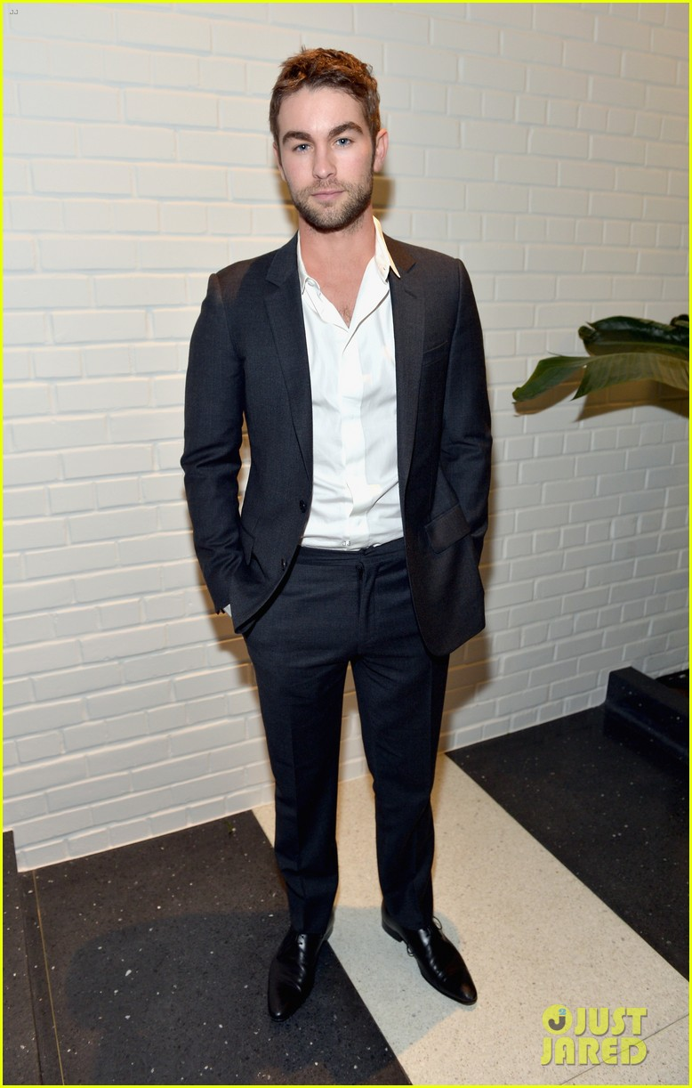 alex pettyfer nikki reed chloe fashion show dinner 032982843