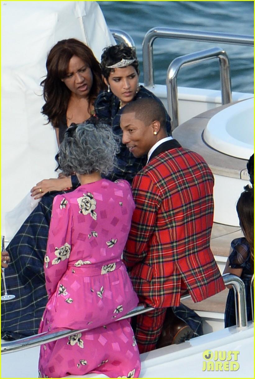 Pharrell Williams Marries Helen Lasichanh See Wedding Photos