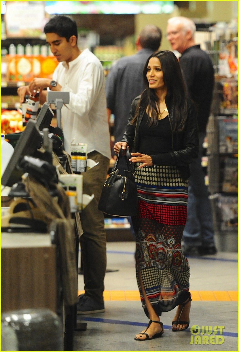 freida pinto dev patel late night grocery run 022972761