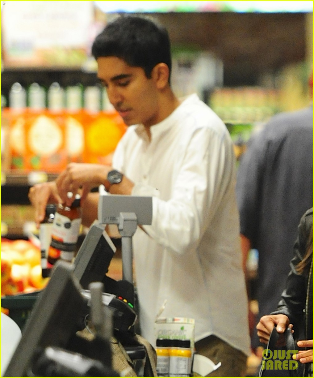 freida pinto dev patel late night grocery run 052972764
